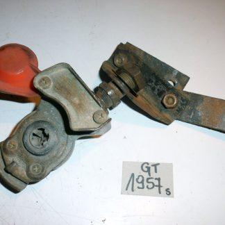 GS1957 Ford-Cargo.teile.onl Luftanschluss Rot 1