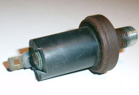 GS1960 Ford-Cargo.teile.onl Schalter Sensor Bremskraftverstärker Bremsventil 2