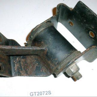 GS2072 Ford-Cargo.teile.onl 0813 Kühler Halter links 1